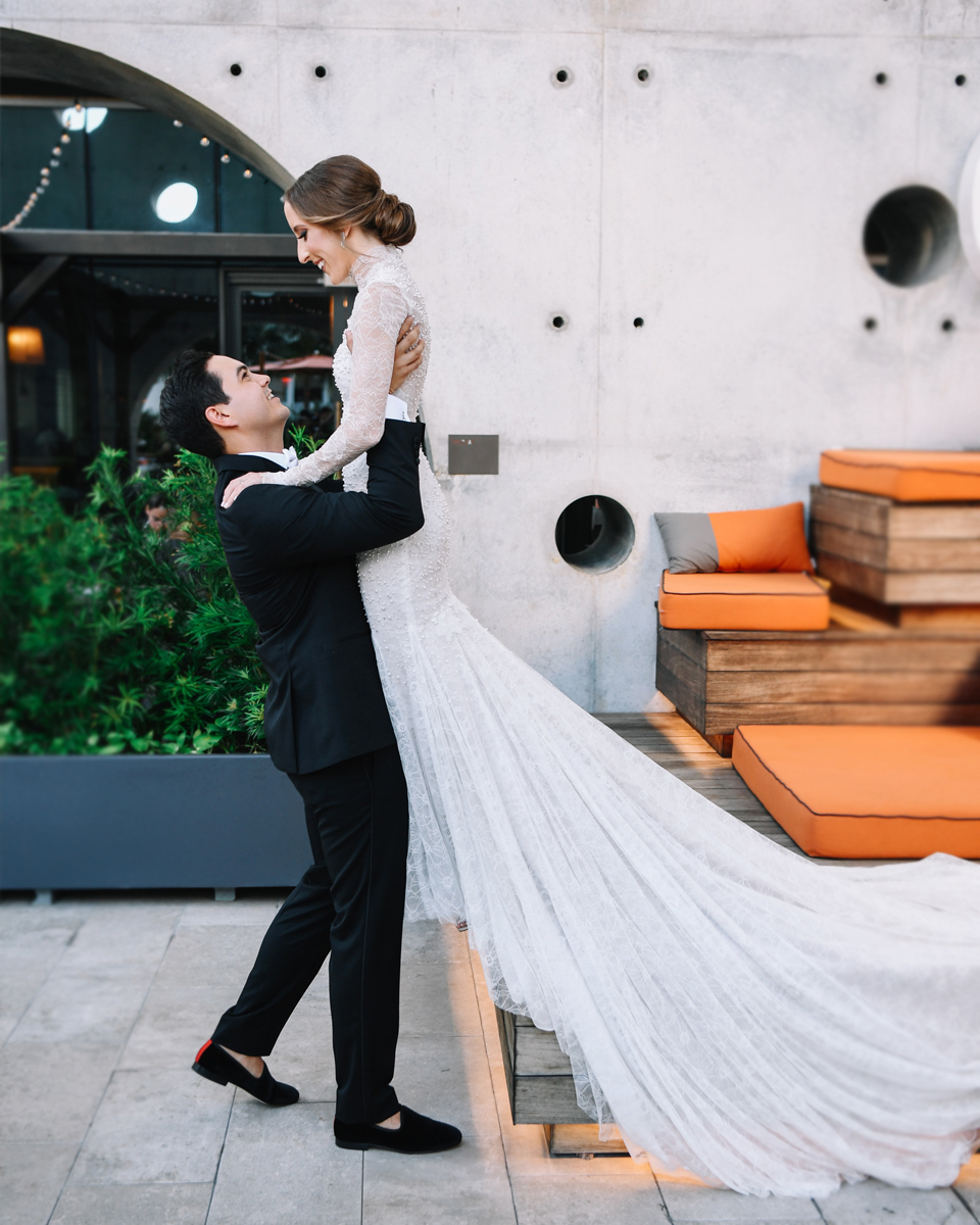 first-look-east-miami-hotel-wedding-photography
